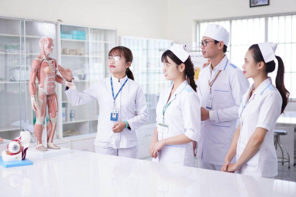 Điểm chuẩn ngành Điều dưỡng