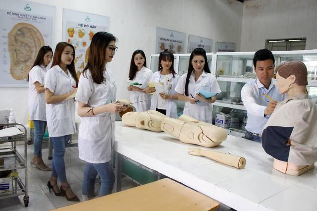 thông tin tuyển sinh Cao đẳng Điều dưỡng 2021