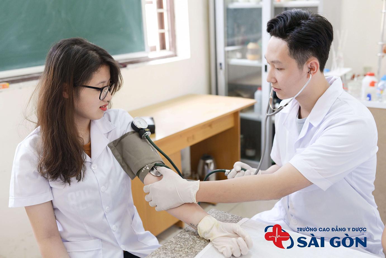 Trường đào tạo cao đẳng điều dưỡng tốt nhất hiện nay
